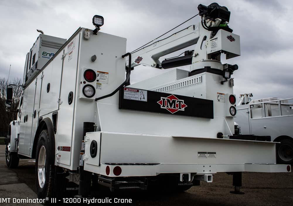Dominator® III - 12000 | 2018 Freightliner M2 - Iowa Mold
